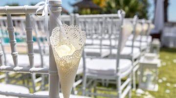 Tütchen aus Tortenspitze für die Hochzeit