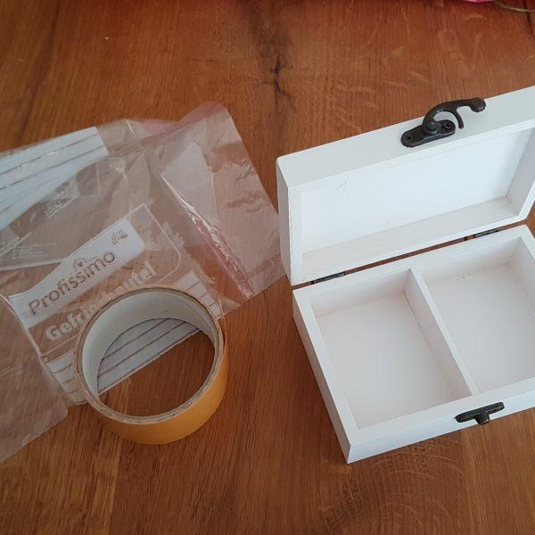 weiße Ringbox